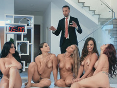Insane lesbian orgy by super-hot divas in Brazzers House video