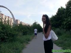 Real pickedup eurobabe drilled in park