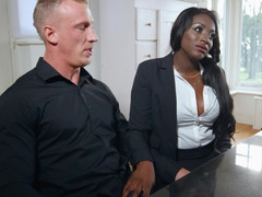 Milf realtor gives him her black pussy to sell the house