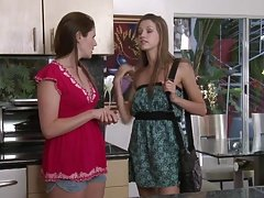 Samantha Ryan and Eufrat Mai Fingering Each Other