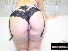 Bootylicious Carmen Valentina Loves Playing with Her Pussy!