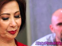 Mature Asian chick gives sex lesson