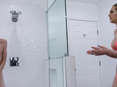 Unusual sexual entertainment in shower room of blonde and fellow