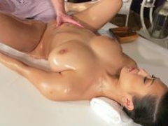 Massage Rooms Huge natural breasts Asian beauty has squirting orgasms