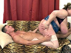 Super busty mature mom fucking young son