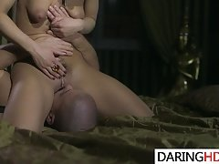 Horny MILF Nikky Thorne Gets Fucked