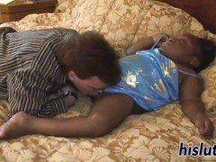 Midget ebony bimbo gets her pussy drilled