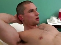 Doctor assistnat blows off patients dick