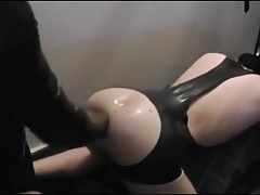 Hot Twinks gets fisted in Latex