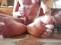 Cumming on my feet