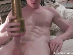 Slim Hunk Making Himself Cum