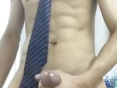 asian boy jerking off in bathroom (2'15'')
