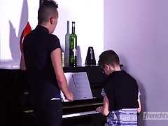A young piano student who is un-gifted but is so cute