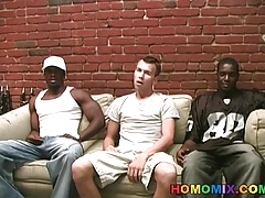 Black thugs sharing the ass of a whiteboi