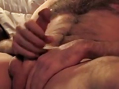 Hung hairy daddy shooting on his hairy chest