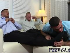 Ricky gets his feet licked