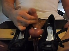 Needle Castration, ball busting
