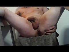 Sub with open pussy-hole ride dildo