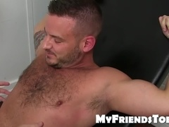 Muscular hunk Sean Harding getting his body tickle tormented