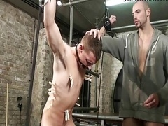 BDSM Thrall homo boy kilted fucked 2 schwule jungs