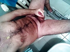 20170119 - Jerking off and cumming in the bathroom