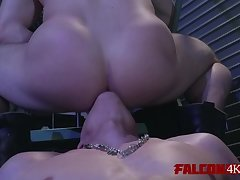 Naughty dudes licking each others cornholes out
