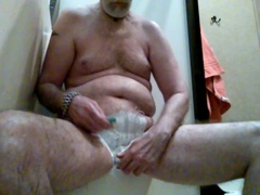 More showing off than shaving.