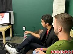 Twink Dustin Cooper enjoys sitting on Prestons huge dick