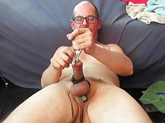Peehole Stretching and Matching