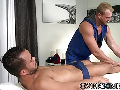 Josh is making massage for Javier with wet happy end