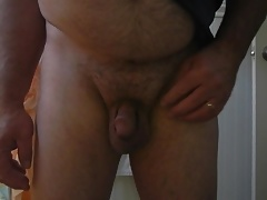 sissy leslie pissing onec a gine