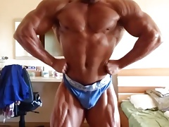 Bulgarian escort Georgi Kiriakov flexing big bulge