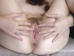 Ariadna Moon gets home and masturbates right away