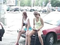 How Polish gals piss