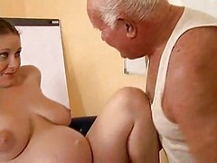 Grandpa Have an intercourse A Pregnant Chick