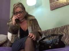 Hot Mature Cougar in Rosebutt and High-Heeled Footwear Glisten on Sofa