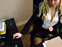 Большие сиськи, Блондинки, В офисе