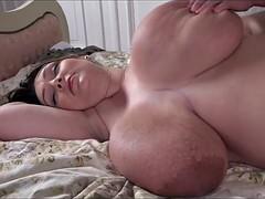 Huge tits pregnant