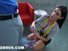 BANGBROS - August Ames to Please on Monsters of Cock (mc16000)