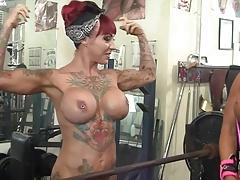 Frau, Muskel
