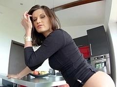 Madlin preparing her booty