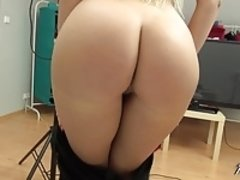 Horny blonde shows off her creampie after fucking
