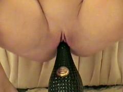 Amateur - A Fav - Hot Blond Rides a Bottle
