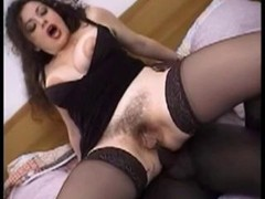Italien Interracial Mom i`d like to fuck