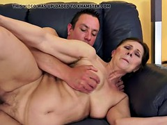 Chubby granny pounded in missionary position