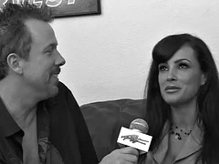 Interracial porn with mature beauty Lisa Ann with big boobs