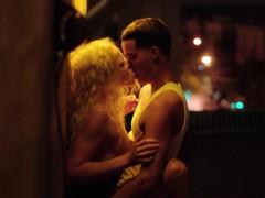 Blonde, Célébrité, Érotique, Hd, Public, Softcore