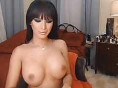 Tranny Temptress Enjoys Seducing Men