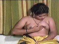 インド人, 淫乱熟女