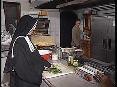 Deutsch, Küche, Nonne